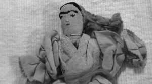 La muñeca de trapo del siglo XVIII perteneció a Francisco Xavier Palacios, un hombre que, por amor, se adentró en la vida religiosa pero terminó vendiendo su alma al diablo